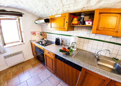 La cuisine du gîte Le Murier au Domaine de l'Astic en Ardèche