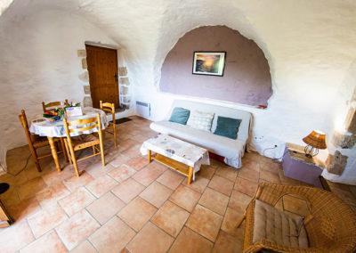 Le salon du gîte Le Murier au Domaine de l'Astic en Ardèche