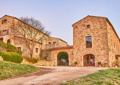 L'arrivée au Domaine de l'Astic, à Vagnas, en sud Ardèche